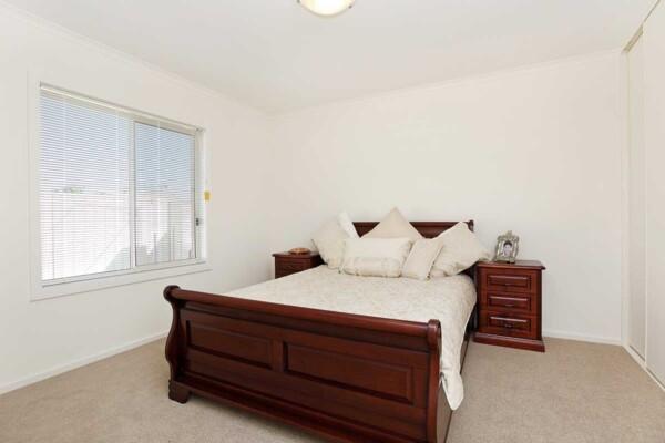 Bedroom - 9 & 11/47 Mooringe Avenue